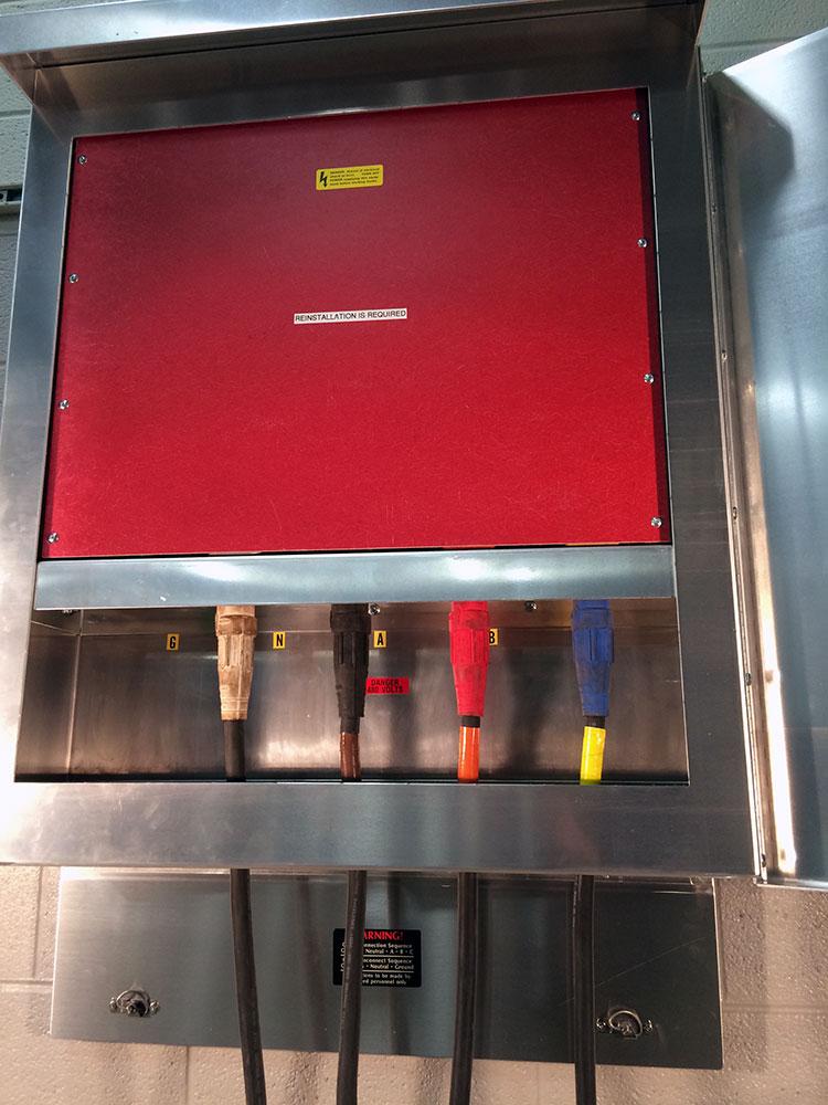 W04-5C-M4-wallmount-tapbox-01