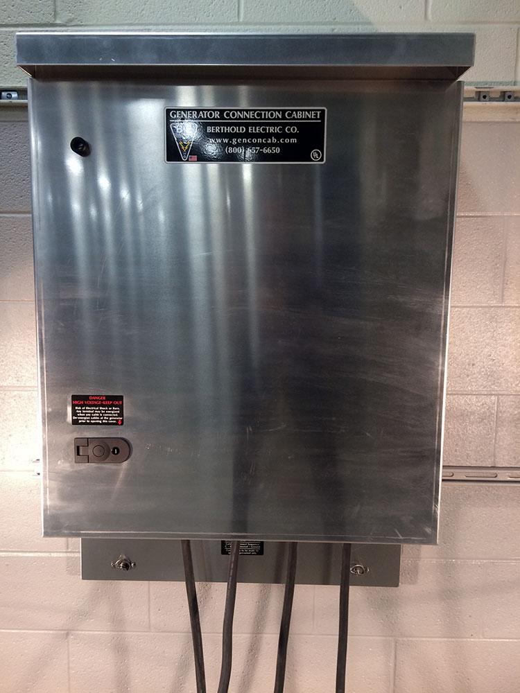 W04-5C-M4-wallmount-tapbox-09